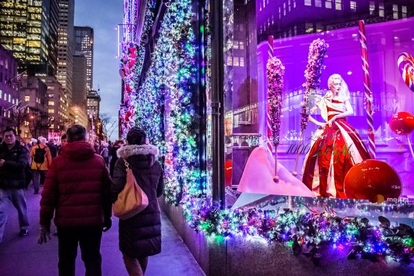 Fashion-on-Fifth-Avenue-Shopping-Tour-WWP