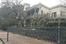 Grand Garden District Tour with Lafayette Cemetery #1