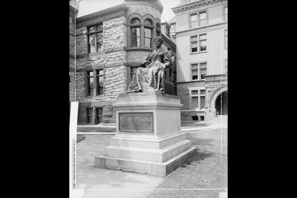 Emma-Willard-Statue-WWP