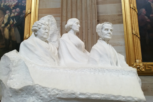 Group-Portrait-Monument-to-the-Pioneers-of-the-Womens-Suffrage-Movement-WWP