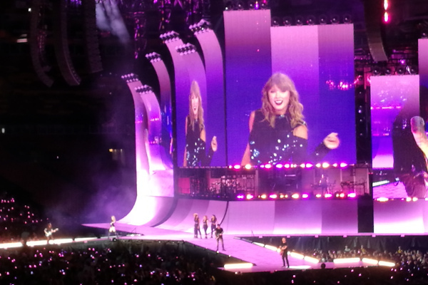 Taylor-Swift-WWP