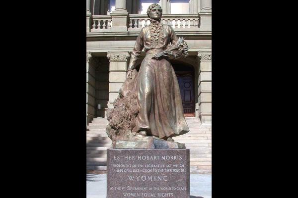 Esther-Hobart-Morris-Statue-WWP