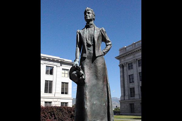 Martha-Hughes-Cannon-Statue-WWP