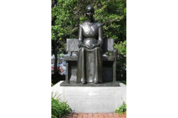 Mary-Dyer-Monument-WWP