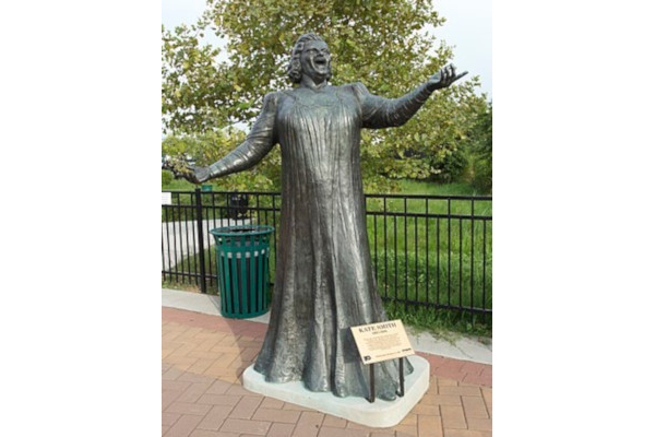 God-Bless-America-Kate-Smith-Statue-WWP