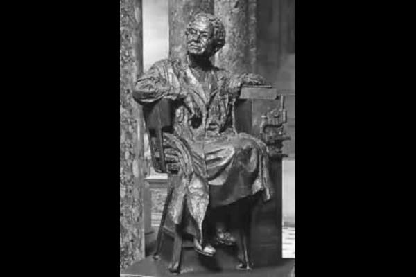 Florence-R.-Sabin-Statue-WWP