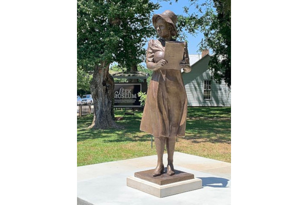 Alice-Allison-Dunnigan-Statue-WWP
