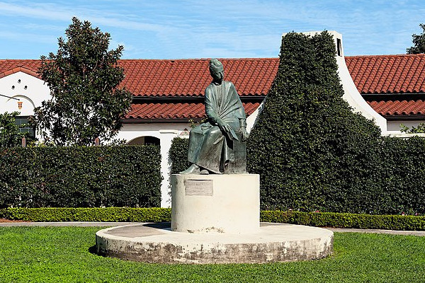 Sophie-B-Wright-Statue-WWP