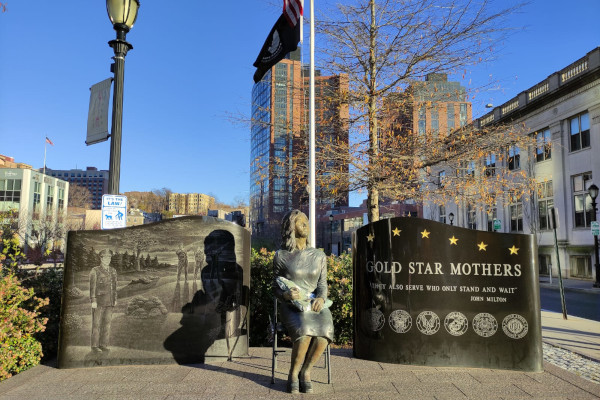 Gold-Star-Mothers-Monument-in-Yonkers-WWP