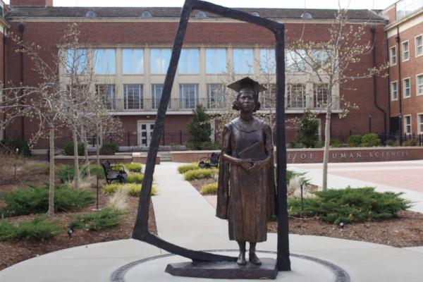 Nancy-Randolph-Davis-Statue-WWP