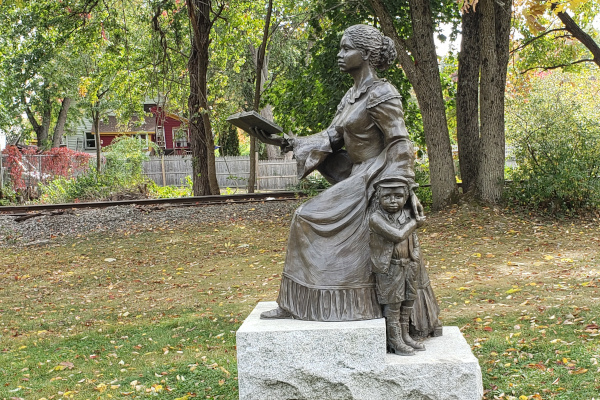 Harriet-E.-Wilson-Statue-Side-WWP